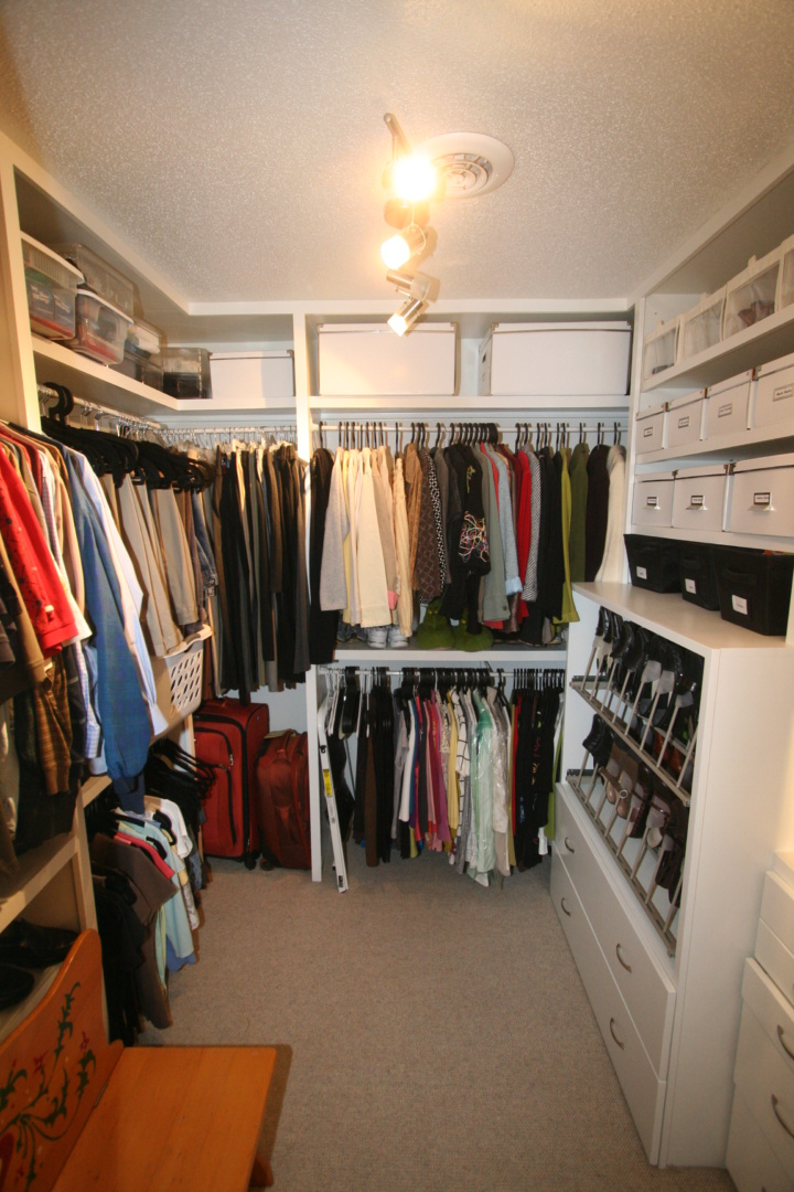 Skinnar Master closet