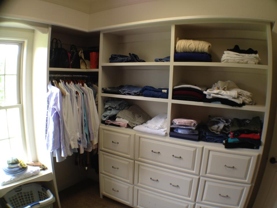Custom drawers in Closet